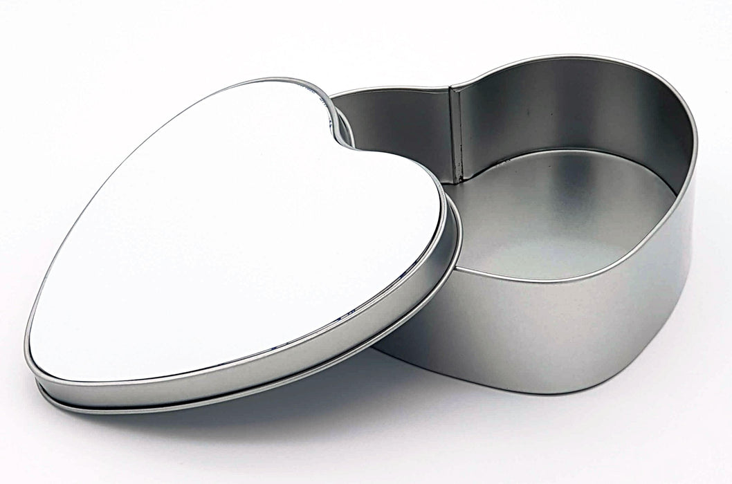 heart-shaped personalised tin Box mad of aluminium  with open lid