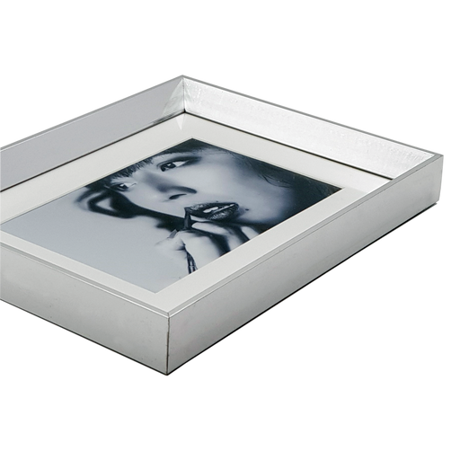 Silver Photo Frame with 6x4 photo print close up