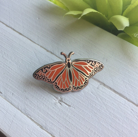Butterfly Enamel Pin, Monarch Pin, Butterfly Lapel Pin, Butterfly Brooch, Danaus Plexippus Brooch, Insect Pin, Entemolgy Pin, Enamel Jewelry