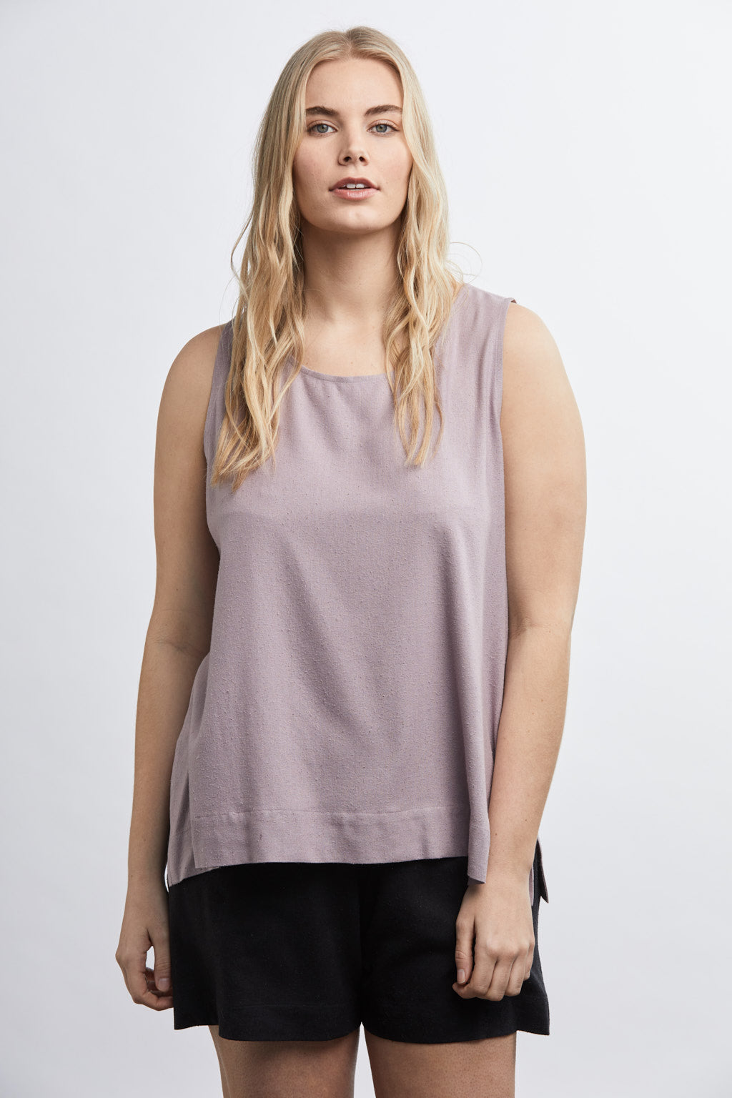 SAMPLE SALE: THE J+J TANK