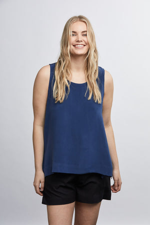 THE J+J TANK IN SILK CREPE