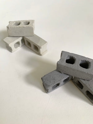 NATURAL MINIATURE CONCRETE BLOCKS (SET OF THREE)