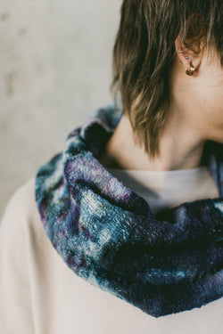 THE HANDWOVEN COWL