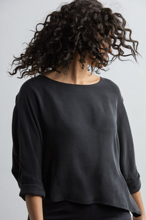 THE T TOP IN SILK CREPE