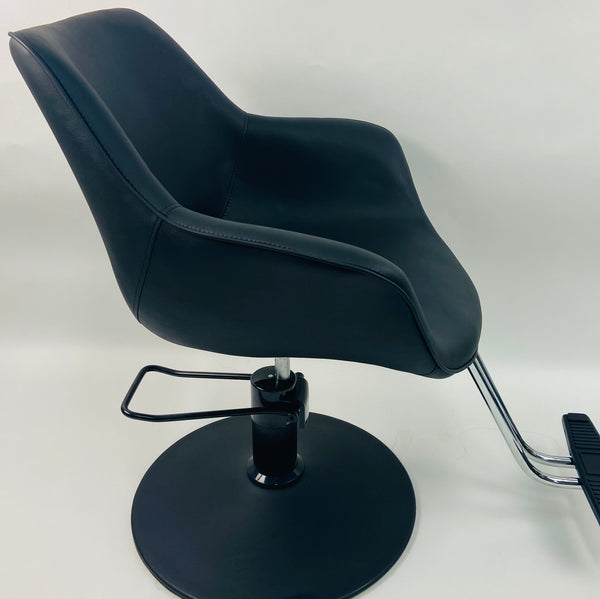 Natalie Cutting Chair With Footrest