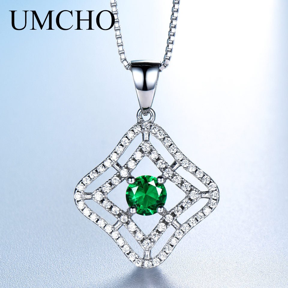 Green Emerald Gemstone Pendant - umchos