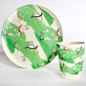 Bamboo plate and cup combo with green turtle design