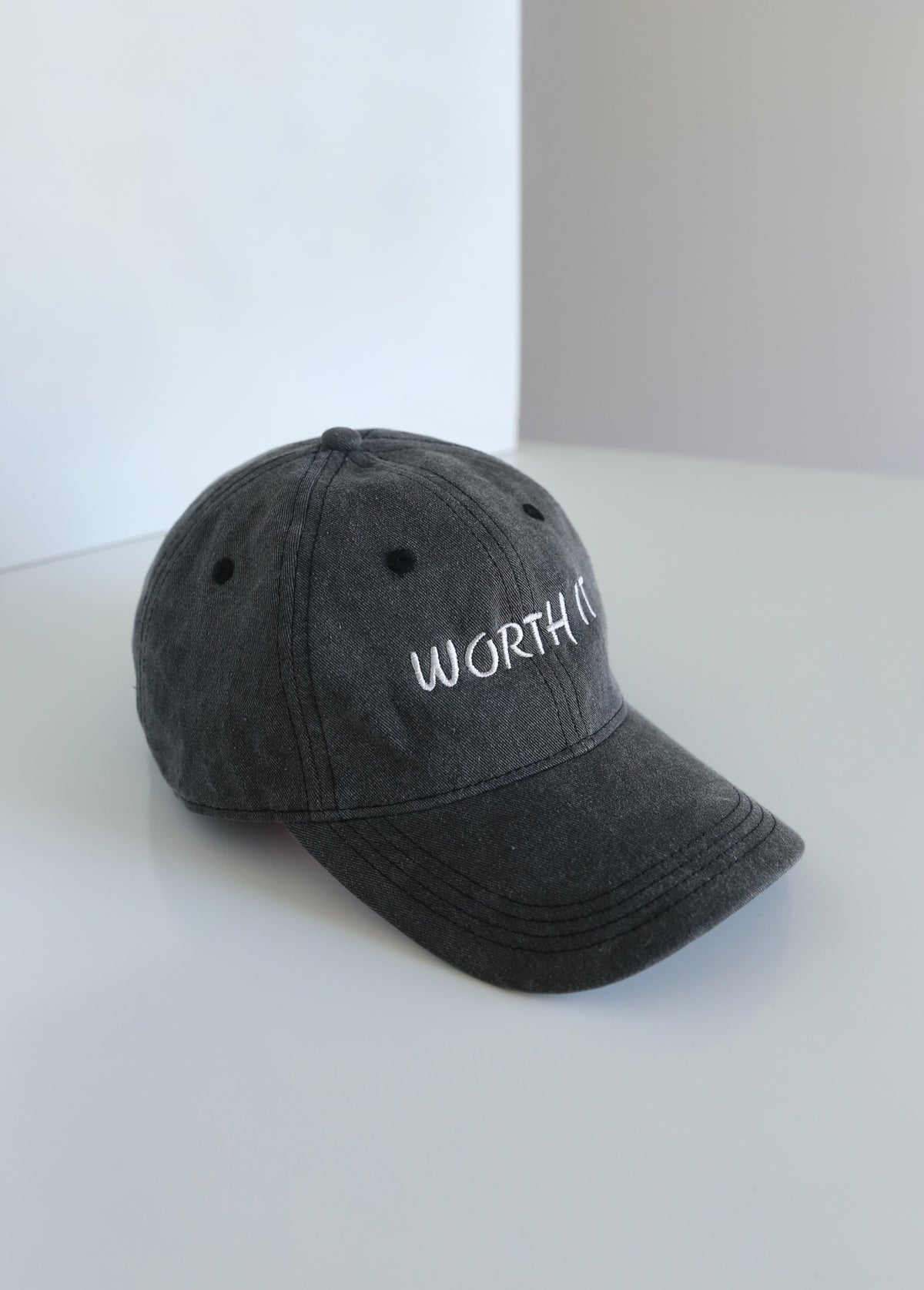 WORTH IT CAP - GREY