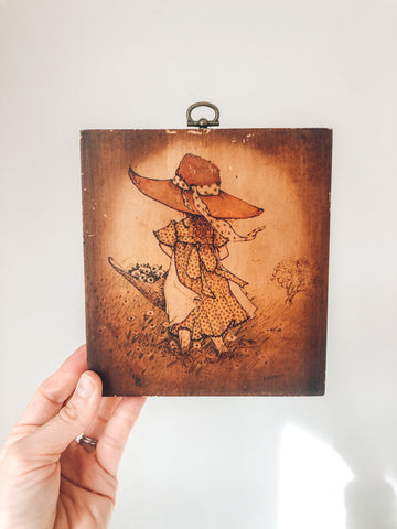 Vintage Wooden Wall Hanging With Little Girl