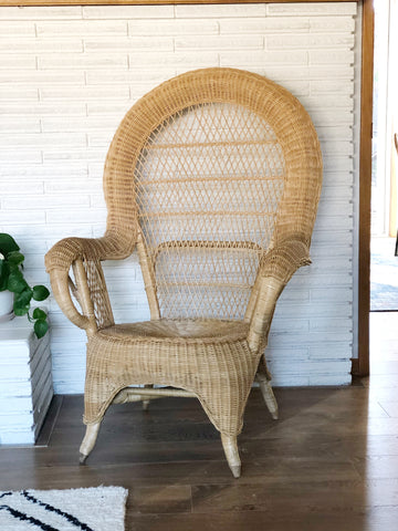 Mid Century Wicker Peacock Style Chair