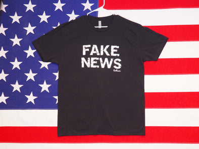 Men's FAKE NEWS T-Shirt / Premium Cotton-Poly Blend