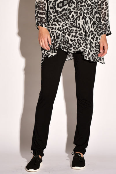 Paula Ryan Slim Leg Long Weekend Pant