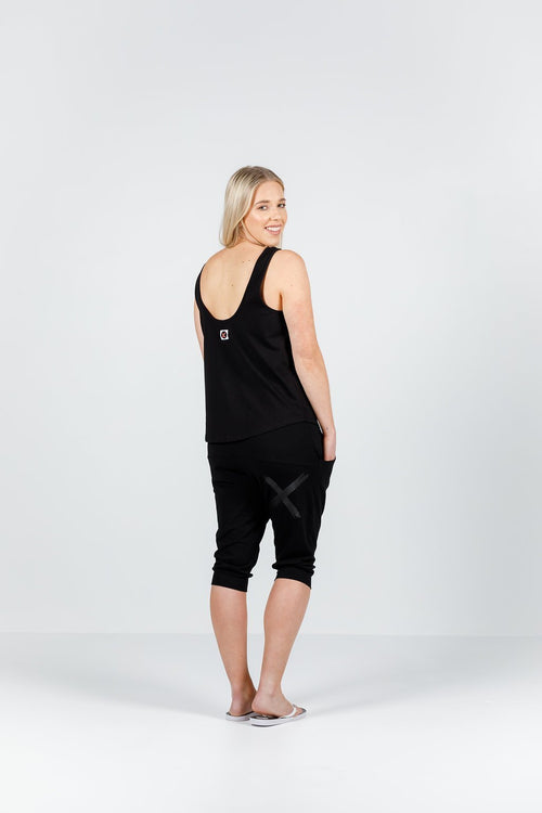 3/4 Apartment Pants - Black with Black X