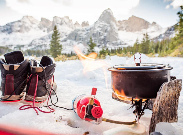 ENKEEO winter camping cooking