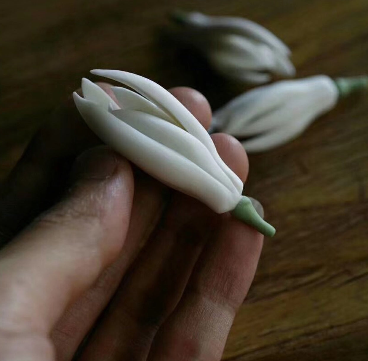 Ceramic Magnolia Flower Tea Figures