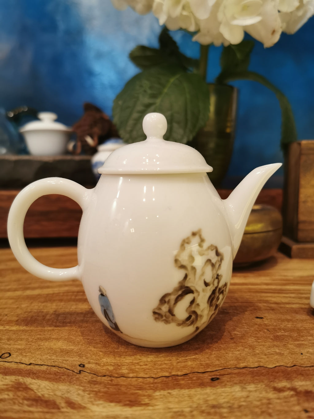 Tai lake rock tea pot