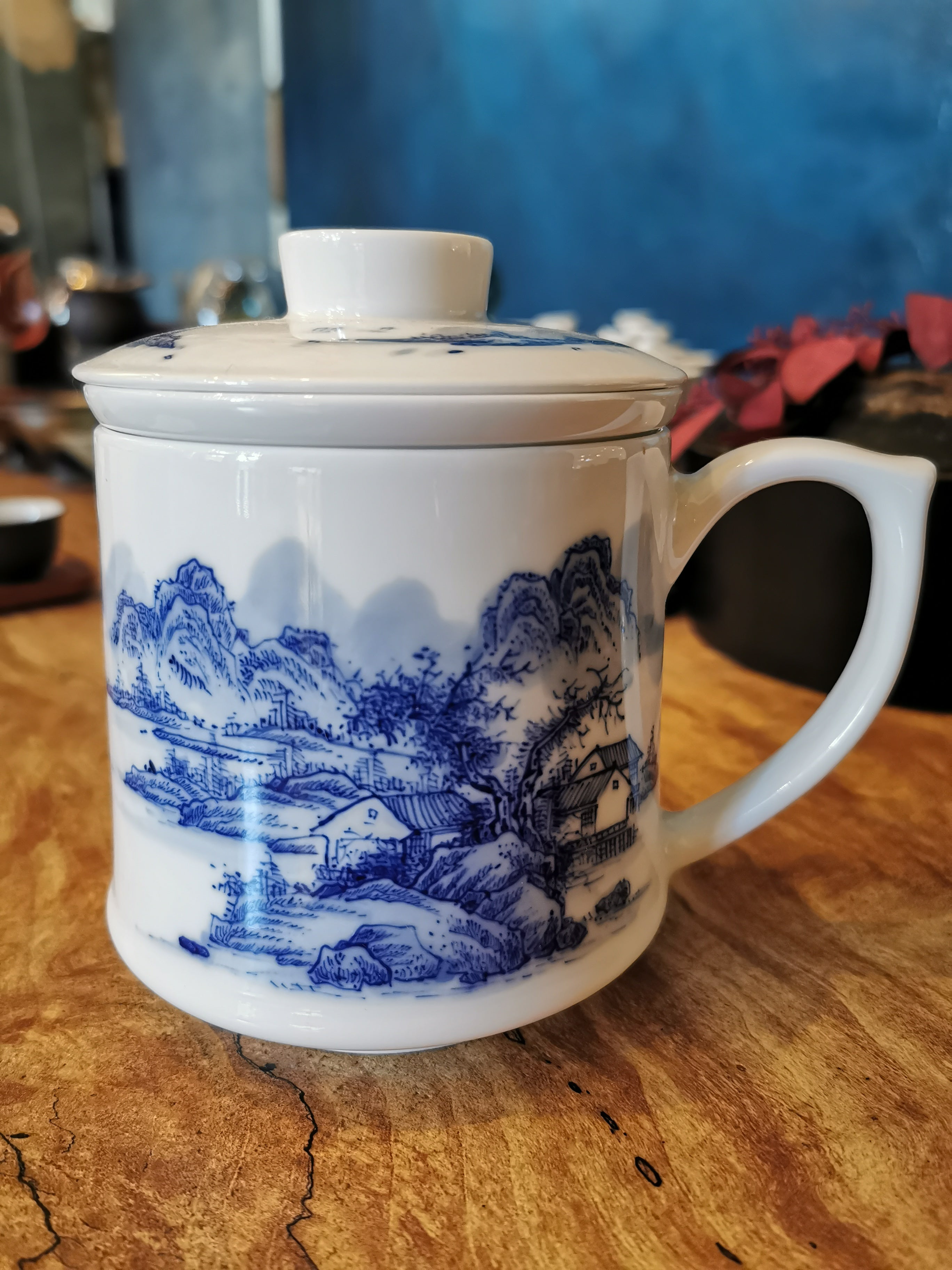 Hand Made and Hand Painted Porcelain Tea Mug With Strainer