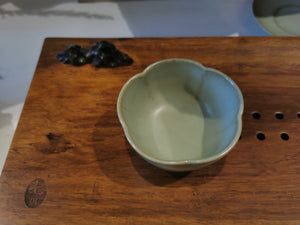 汝窑 Ru Yao cups and coasters
