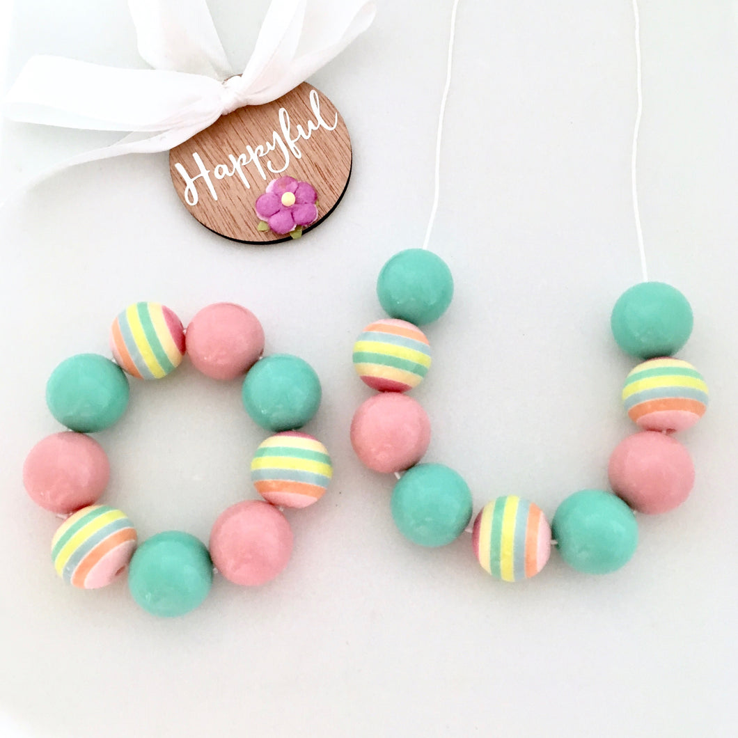 Mint and pink bubblegum chunky bead bracelet and necklace set for kids with safety clasp