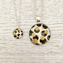 Matching Monochrome and Gold Necklace Set