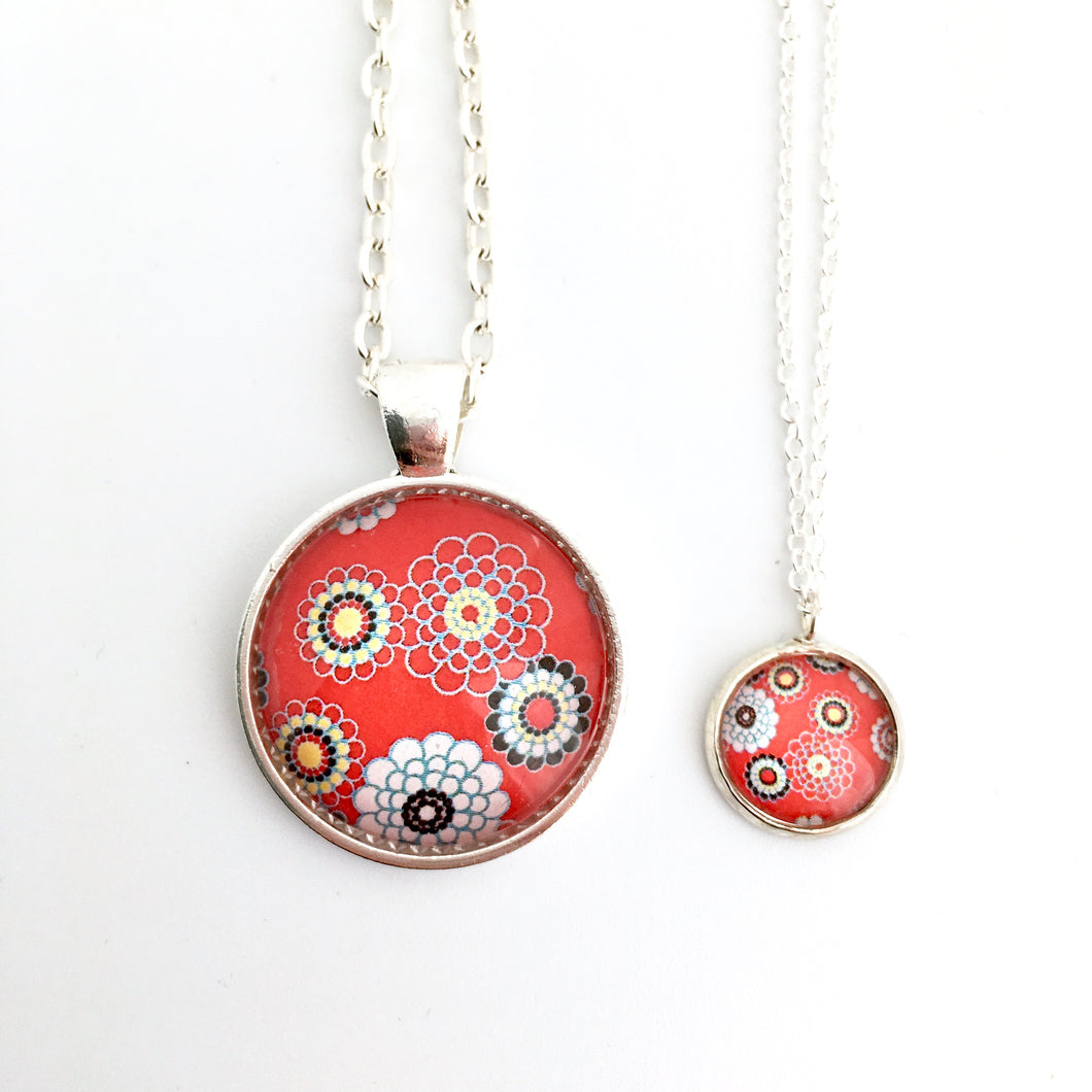 Matching Retro Red Necklace Set