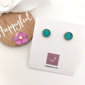 Emerald Sparkle Studs (8mm)