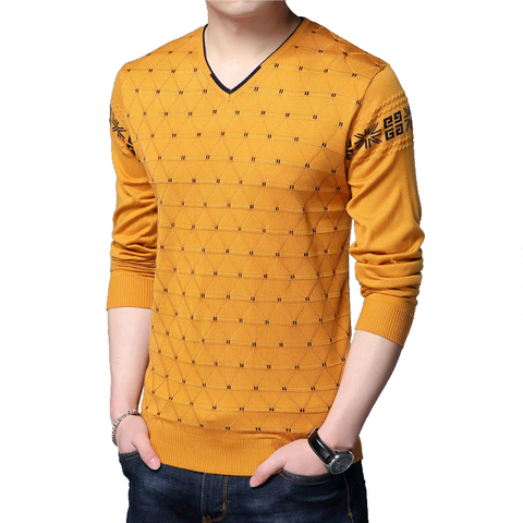 Sweater with V-neck - Men's Quarter