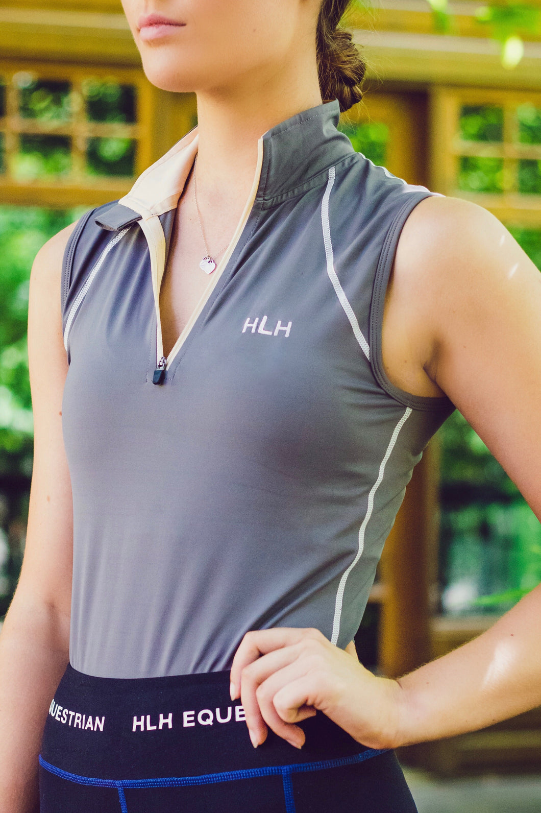Sleeveless base layer in French Grey