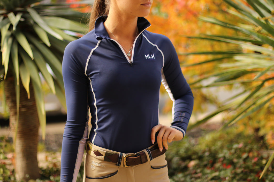 Signature base layer in Navy & White