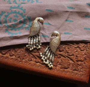 Silver look-alike bird pearl earrings