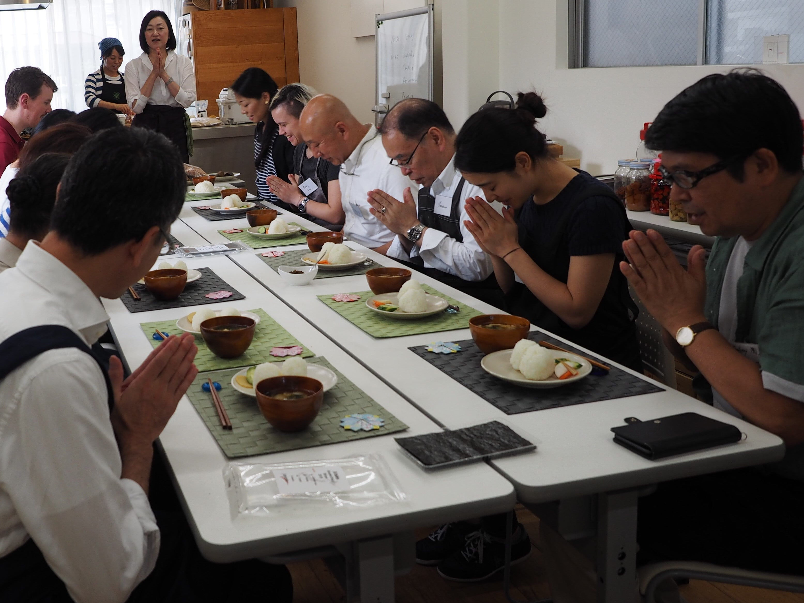 Let's learn the basics of WASHOKU【Dashi】16:30-19:30 on September 28, 2018