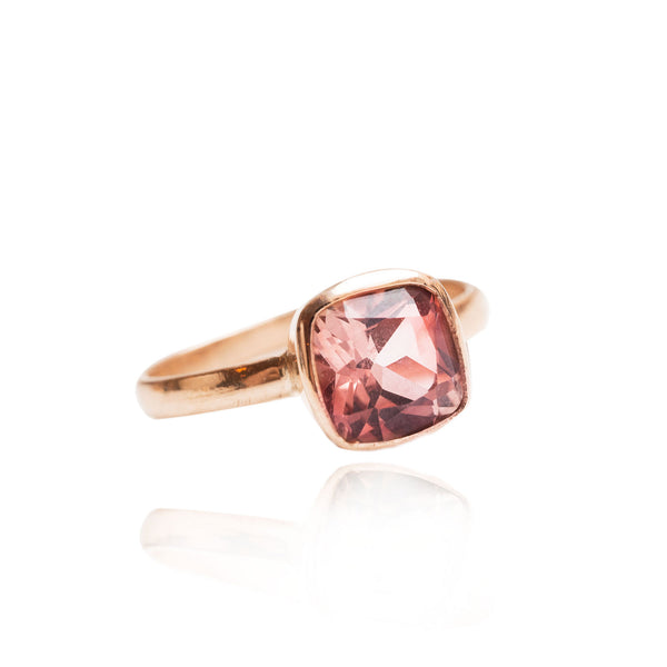 Les Grands - Peachy Pink Tourmaline