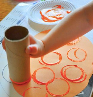 #beyondthebook Activity - Toilet Roll Circle Painting!