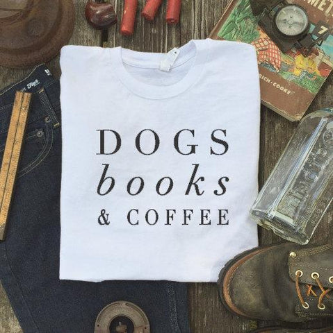 "Mon Cocon de Lecture T-Shirt Femme ""Dogs, Books & Coffee"""