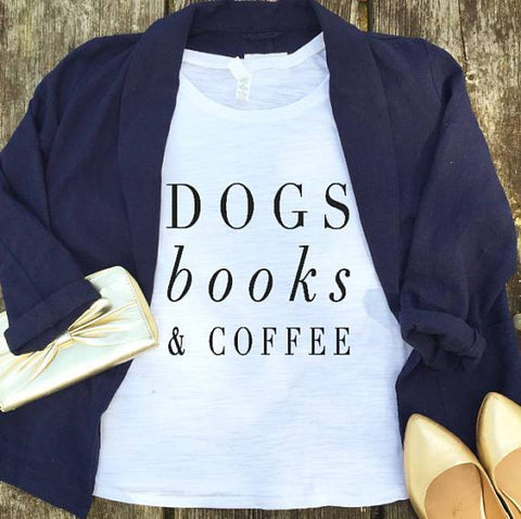 "Image of Mon Cocon de Lecture T-Shirt Femme ""Dogs, Books & Coffee"" Blanc / XS"