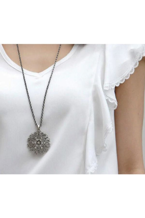 long-sweater-chain-necklace-with-round-pendant-budget-online-shopping-in-india