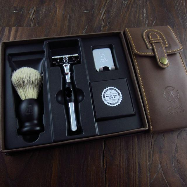The Silver Legacy Safety Razor Kit