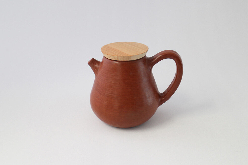 Pilar Teapot made from red clay by hand in Oaxaca Mexico