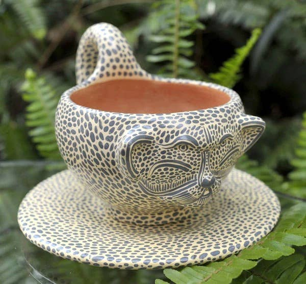 LUZ Collection - Jaguar Cup & Saucer