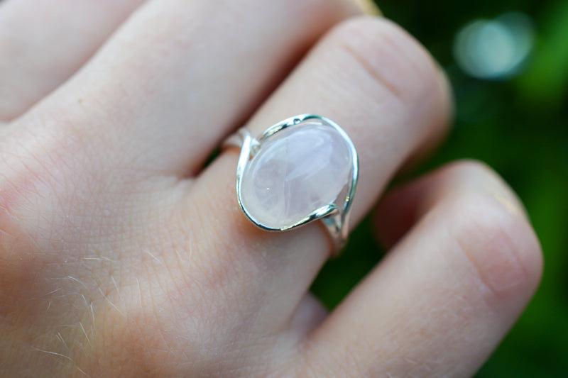 925 Silver Wrap Around Rose Quartz Ring