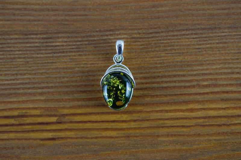 925 Green Amber Drop-Shaped Decorated Pendant