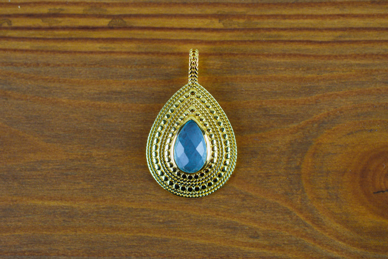 925 Silver Gold-Plated Blue Agate Decorated Pendant