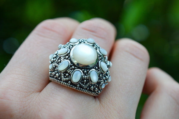 925 Blackened Silver Nacre Ring