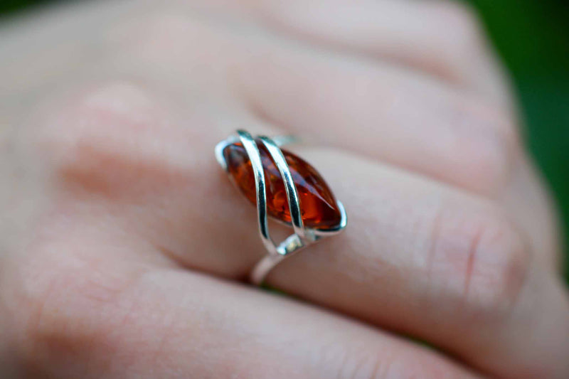 925 Silver Diamond-Shaped Cognac Amber Wrap Ring