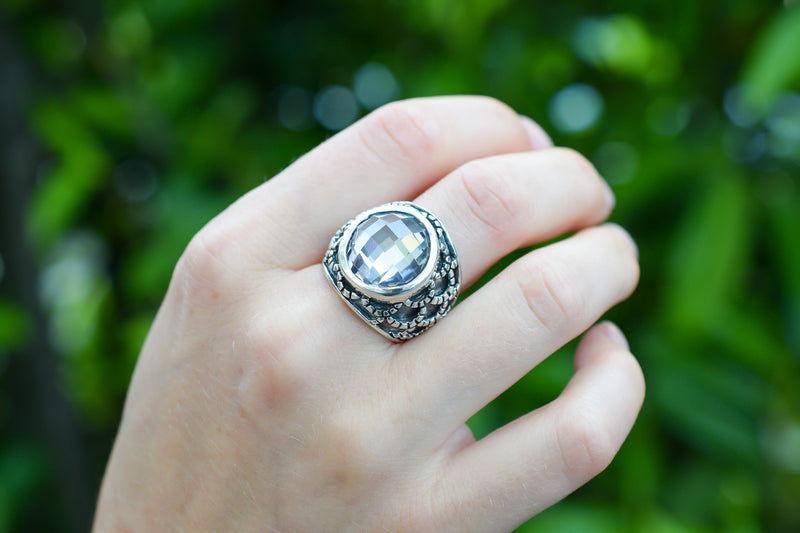 925 Blackened Silver Circular Faceted Zirconia Ring