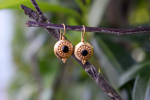 925 Silver Gold-Plated Small Decorated Black Onyx Earrings