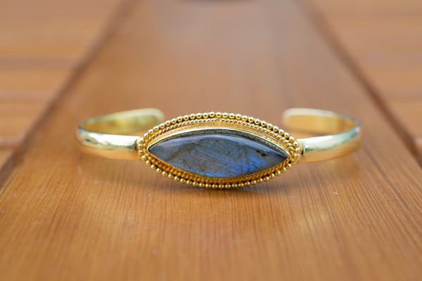 925 Silver Gold-Plated Decorated Diamond-Shaped Labradorite Bracelet