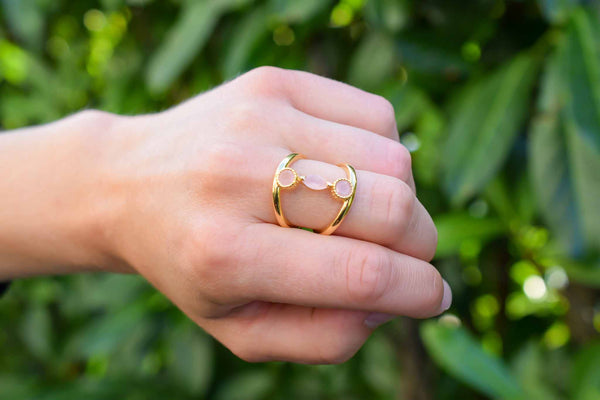 925 Silver Gold-Plated Three Pink Agate Connected Ring