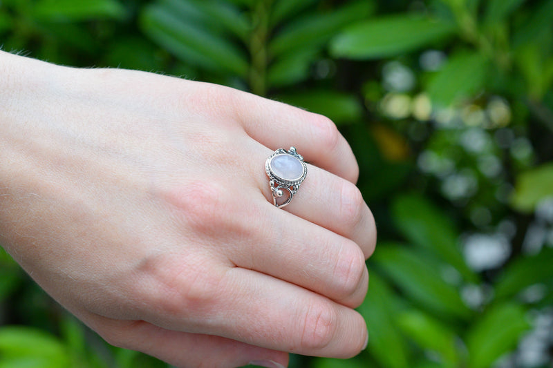 925 Silver Decorated Medium Oval Ring
