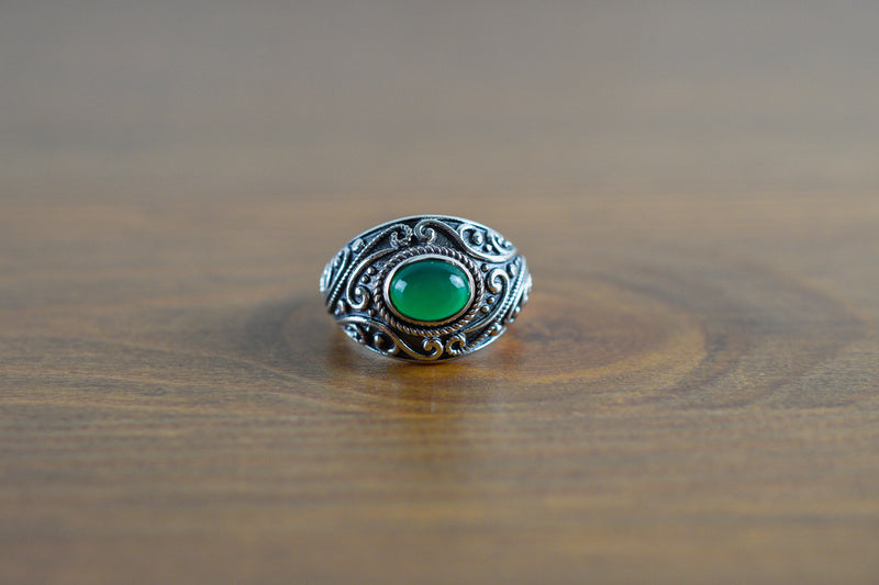 925 Silver Decorated Round Green Onyx Small Ring